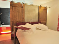 SADEV_PROJECT_Hotel-le-dormeur-du-val_systhesis_hinges_sliding_doors